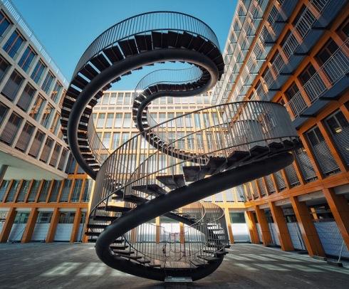 spiral-staircase-sculpture-kpmg-munich-olafur-eliasson-umschreibung