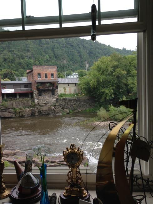 antiques-along-the-mohawk