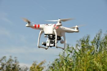 drone-1142182_1280