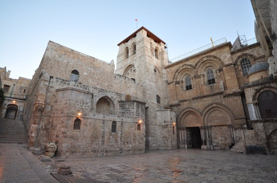 1920px-The_Church_of_the_Holy_Sepulchre-Jerusalem