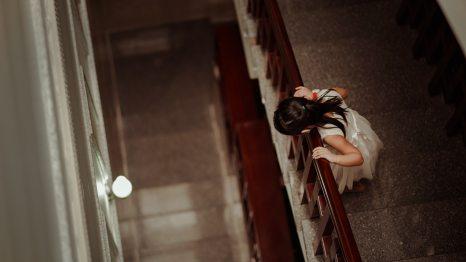 blur-child-dress-758859